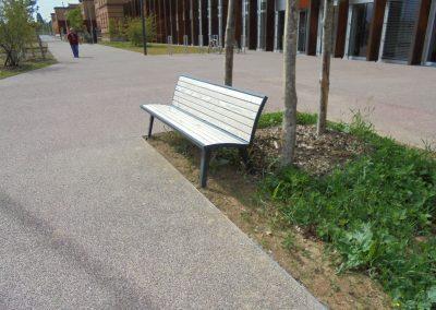 Jardins Gottri Remy BANC-MIXTE-BOIS-METAL-400x284 Mobilier clôtures et accessoires pro