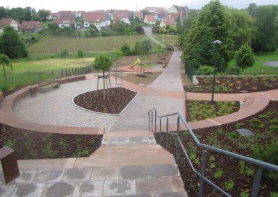 Jardins Gottri Remy HOCHFELDEN-SQUARE-A.-SCHOTT-400x284 Maçonnerie paysagère et créations minérales