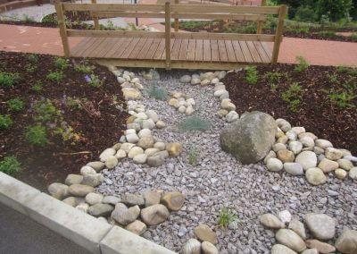 Jardins Gottri Remy PASSERELLE-400x284 Mobilier clôtures et accessoires pro